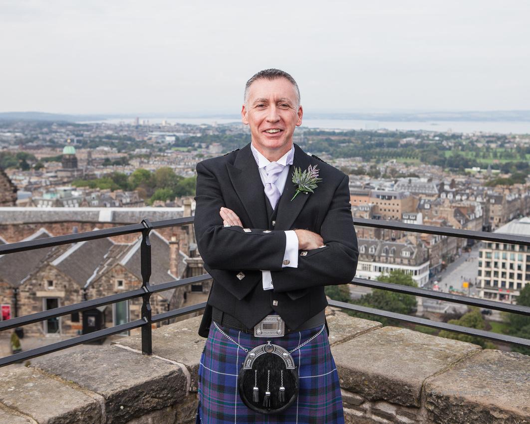 Sample wedding image from Edinburgh Castle and Apex Hotel Grassmarket, photographer John Gilchrist ref 20140906-0014