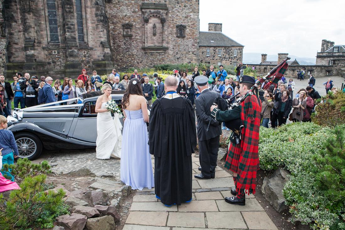 Sample wedding image from Edinburgh Castle and Apex Hotel Grassmarket, photographer John Gilchrist ref 20140906-0020