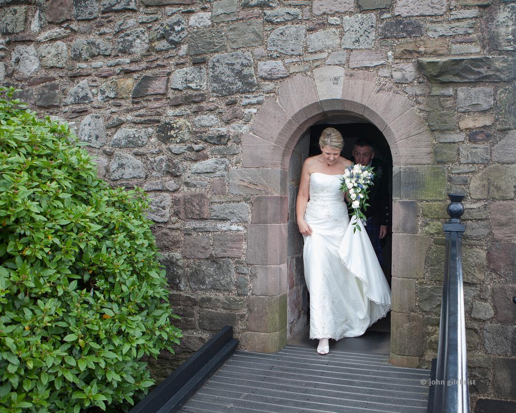 Sample wedding image from Edinburgh Castle and Apex Hotel Grassmarket, photographer John Gilchrist ref 20140906-0028