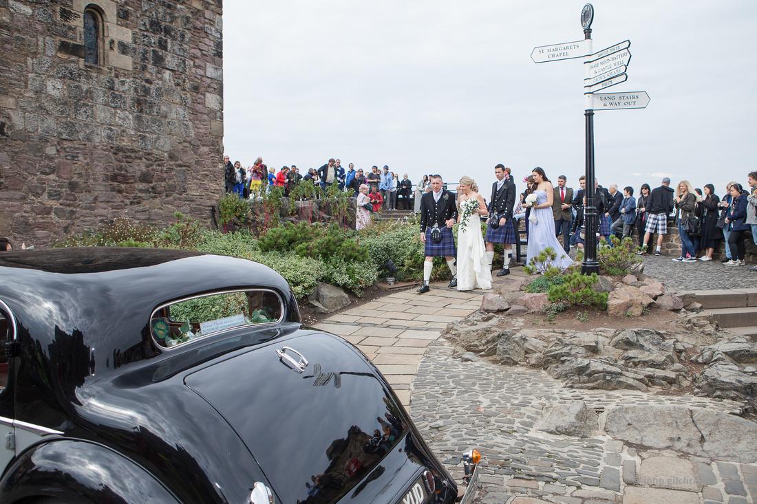 Sample wedding image from Edinburgh Castle and Apex Hotel Grassmarket, photographer John Gilchrist ref 20140906-0029