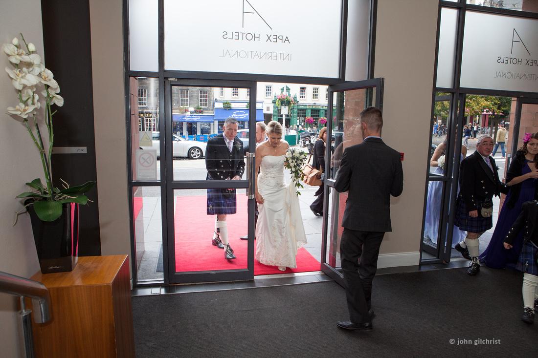 Sample wedding image from Edinburgh Castle and Apex Hotel Grassmarket, photographer John Gilchrist ref 20140906-0039