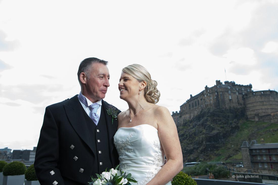 Sample wedding image from Edinburgh Castle and Apex Hotel Grassmarket, photographer John Gilchrist ref 20140906-0041