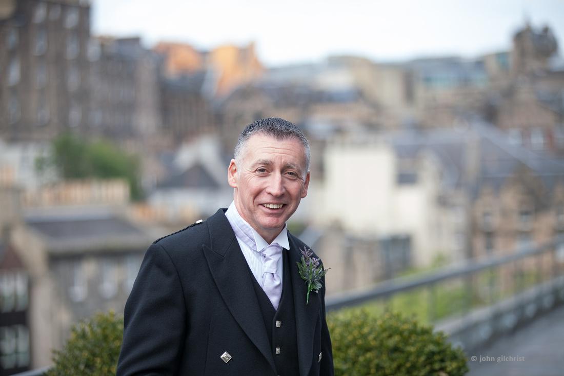 Sample wedding image from Edinburgh Castle and Apex Hotel Grassmarket, photographer John Gilchrist ref 20140906-0042