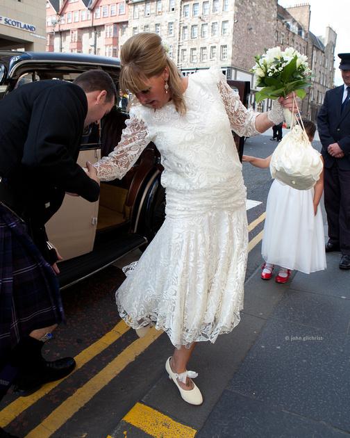 Wedding photographer Duddingston Edinburgh wedding photography Duddingston Edinburgh Y10D232P0018