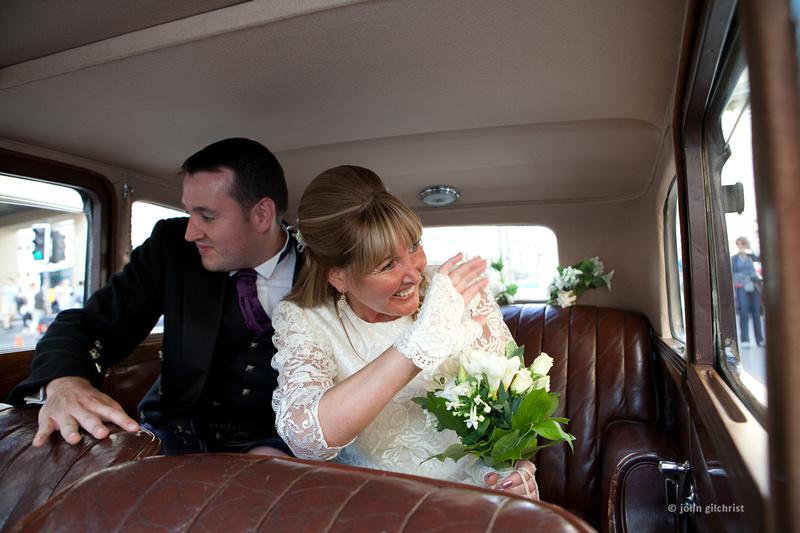 Wedding photographer Duddingston Edinburgh wedding photography Duddingston Edinburgh Y10D232P0017